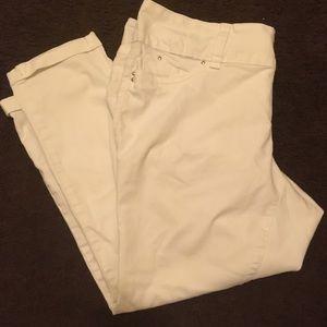 NWT white cuffed skinny jeans